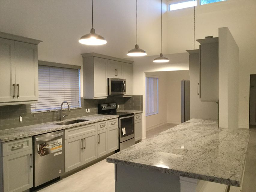 Additional photo for property listing at 21022 Madria Circle 21022 Madria Circle Boca Raton, Florida 33433 Vereinigte Staaten