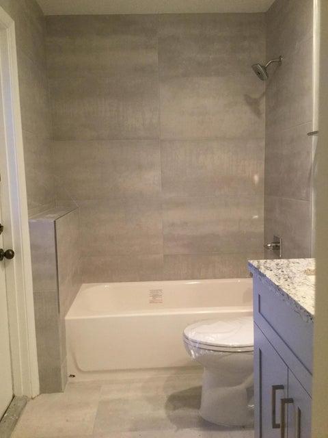 Additional photo for property listing at 21022 Madria Circle 21022 Madria Circle Boca Raton, Florida 33433 United States