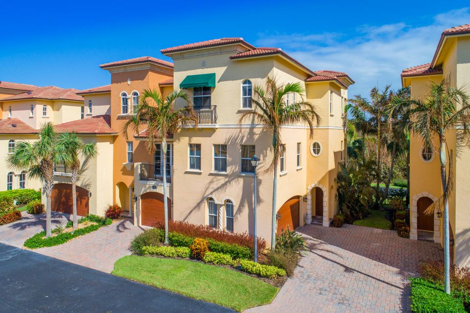 Co-op / Condo for Sale at 136 Ocean Bay Drive 136 Ocean Bay Drive Jensen Beach, Florida 34957 United States