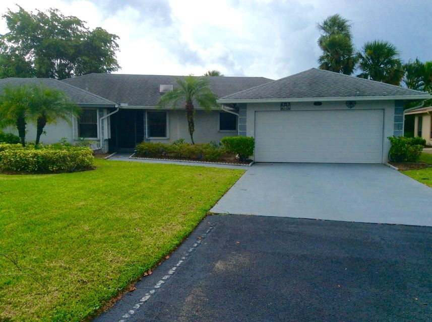 Single Family Home for Sale at 7618 Meed Circle 7618 Meed Circle Lake Worth, Florida 33467 United States