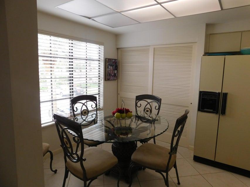 Cooperativa / condomínio para Venda às 15863 Loch Maree Lane 15863 Loch Maree Lane Delray Beach, Florida 33446 Estados Unidos