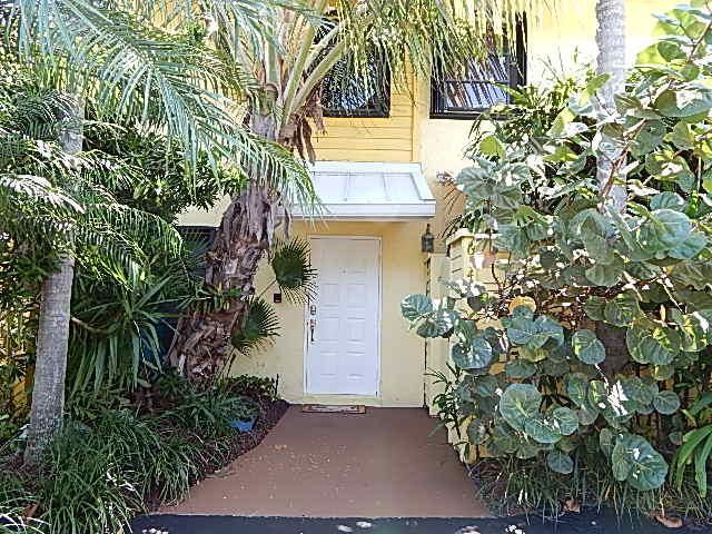 Townhouse for Rent at 614 Mariners Way 614 Mariners Way Boynton Beach, Florida 33435 United States