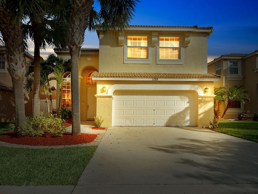 1189 Oakwater Drive Royal Palm Beach, FL 33411 small photo 1