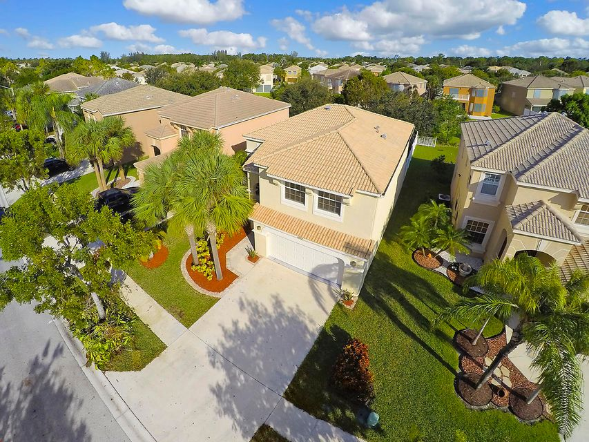 1189 Oakwater Drive Royal Palm Beach, FL 33411 small photo 3