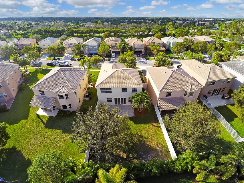 1189 Oakwater Drive Royal Palm Beach, FL 33411 photo 17