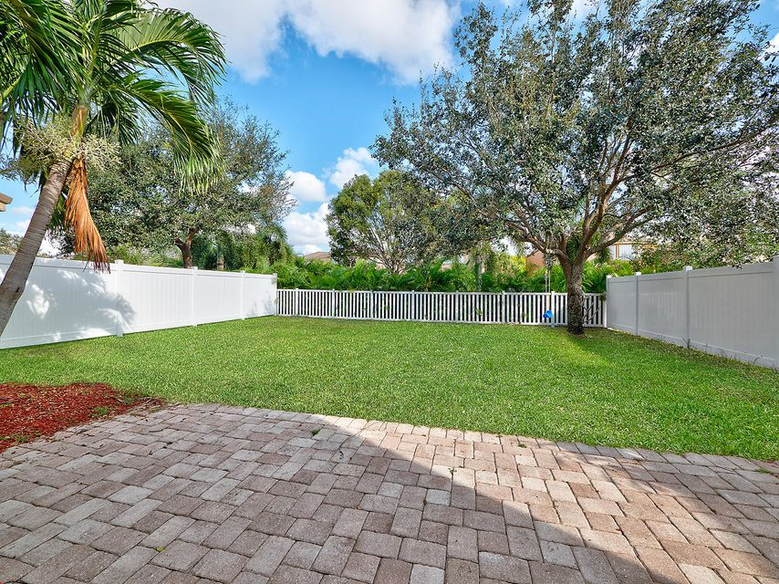 1189 Oakwater Drive Royal Palm Beach, FL 33411 photo 16