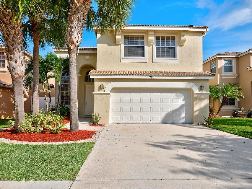 1189 Oakwater Drive Royal Palm Beach, FL 33411 photo 4
