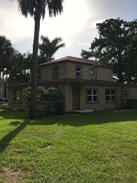 Single Family Home for Sale at 837 Bacom Point Road Pahokee, Florida 33476 United States