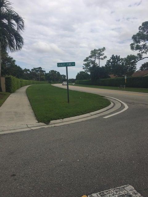 516 Shady Pine Way B2  Greenacres FL 33415