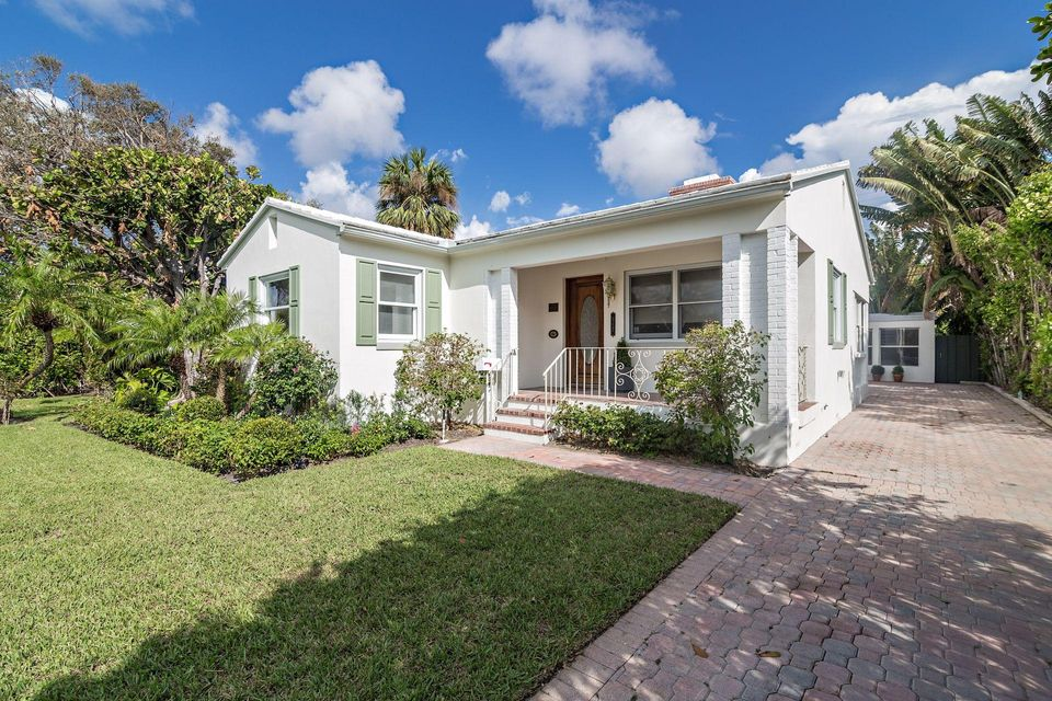 317 Granada Road  West Palm Beach, FL 33401 photo 2