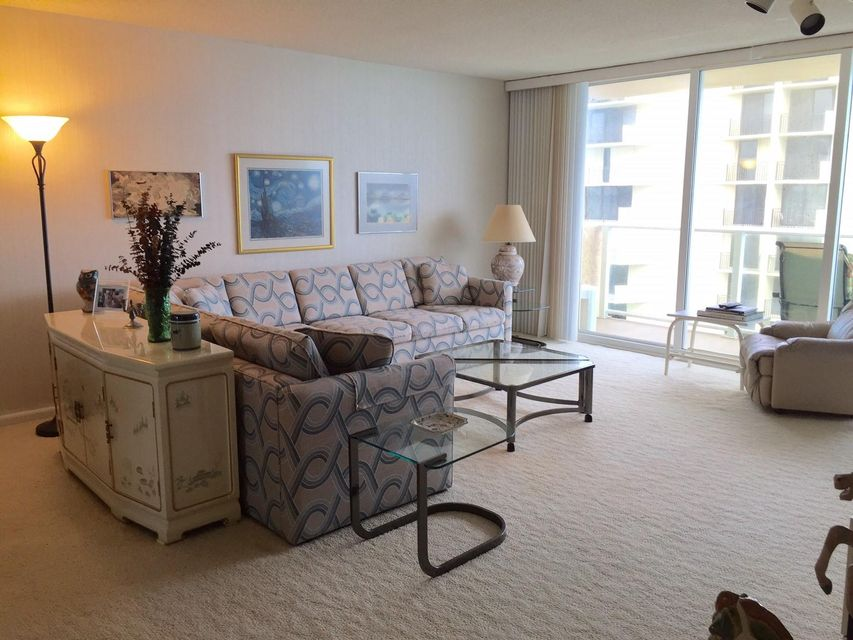 Co-op / Condo for Sale at 5440 N Ocean Drive 5440 N Ocean Drive Riviera Beach, Florida 33404 United States