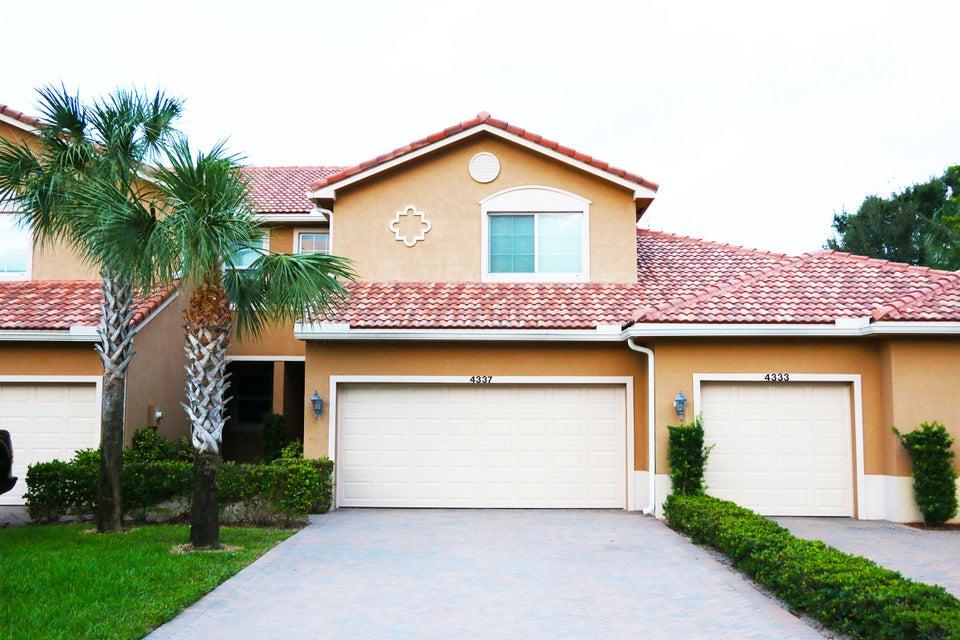 Stadthaus für Verkauf beim 4337 Colony View Drive 4337 Colony View Drive Lake Worth, Florida 33463 Vereinigte Staaten