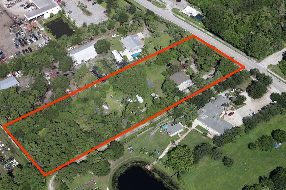 Additional photo for property listing at 1700 SE Salerno Road 1700 SE Salerno Road Stuart, Florida 34997 États-Unis