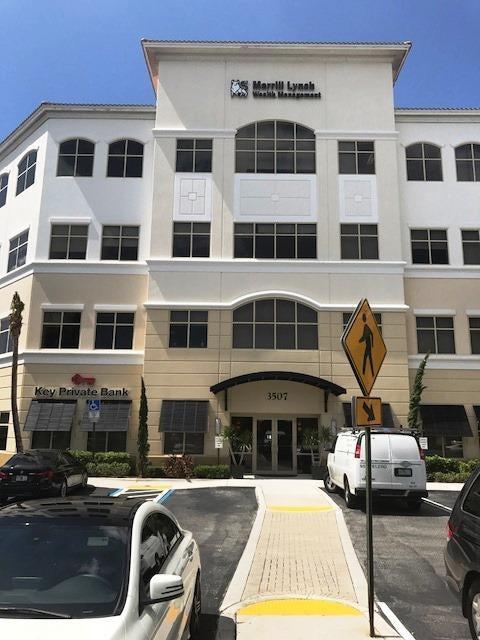 Commercial / Industriel pour l à louer à 3507 Kyoto Gardens Drive 3507 Kyoto Gardens Drive Palm Beach Gardens, Florida 33410 États-Unis