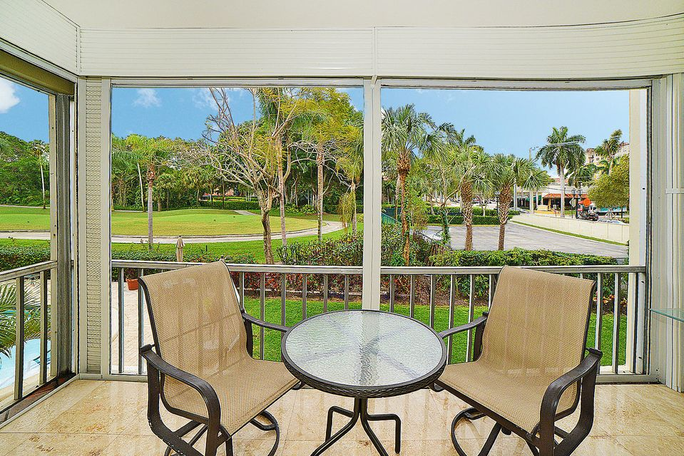 Co-op / Condo for Sale at 200 E Royal Palm Road 200 E Royal Palm Road Boca Raton, Florida 33432 United States