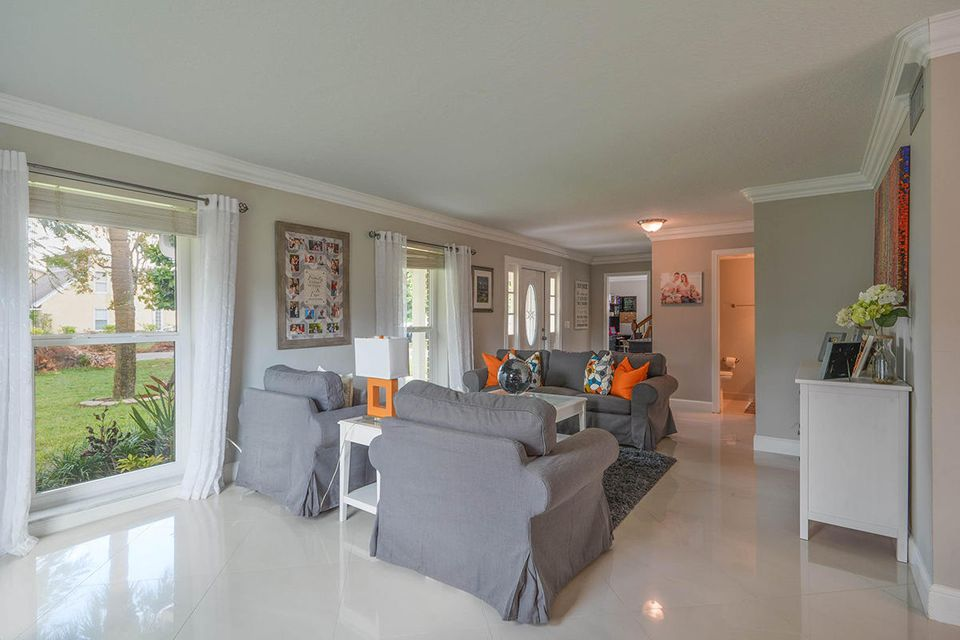 Additional photo for property listing at 11024 Monet Terrace 11024 Monet Terrace Palm Beach Gardens, Florida 33410 Estados Unidos