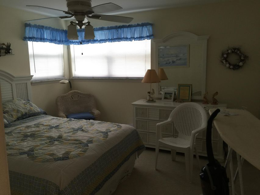 Additional photo for property listing at 1166 Bayshore Drive 1166 Bayshore Drive Fort Pierce, Florida 34949 United States
