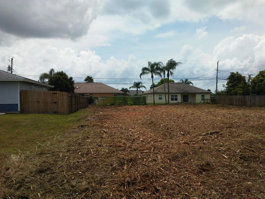 Land for Sale at 2632 SW Cameo Boulevard 2632 SW Cameo Boulevard Port St. Lucie, Florida 34953 United States