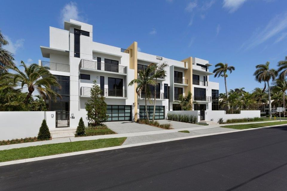 Townhouse for Sale at 154 Andrews Avenue # 5B 154 Andrews Avenue # 5B Delray Beach, Florida 33483 United States