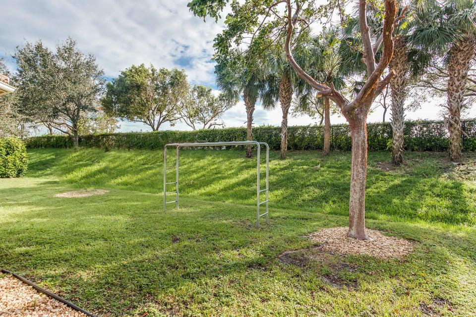 8057 Emerald Winds Circle Boynton Beach, FL 33473 - photo 27