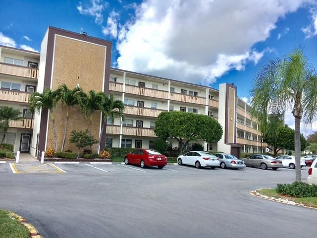Condominium for Rent at 2005 Rexford A # 2005 2005 Rexford A # 2005 Boca Raton, Florida 33434 United States