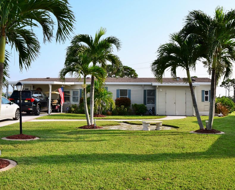 Móvil / Fabricado por un Venta en 8380 Gallberry Circle 8380 Gallberry Circle Port St. Lucie, Florida 34952 Estados Unidos