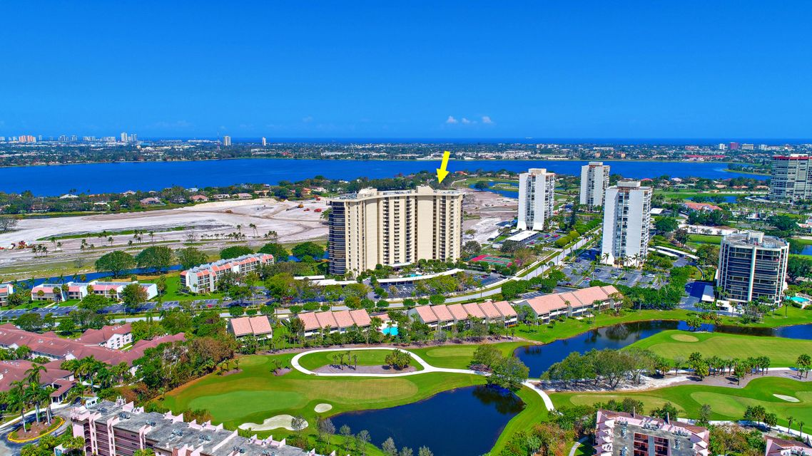Additional photo for property listing at 2480 Presidential Way 2480 Presidential Way West Palm Beach, Florida 33401 Estados Unidos