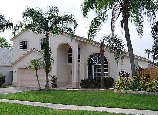 108 Belmont Drive Royal Palm Beach, FL 33411 photo 2