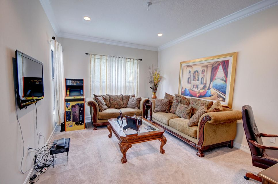 Additional photo for property listing at 8562 Lewis River Road 8562 Lewis River Road Delray Beach, Florida 33446 United States