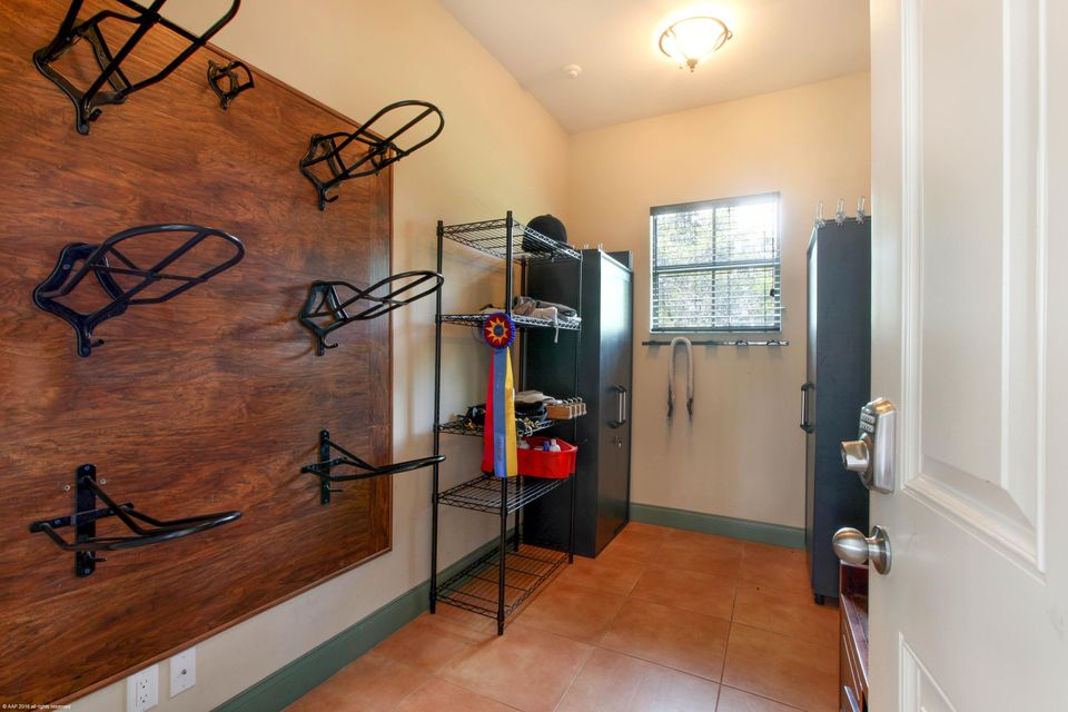 Additional photo for property listing at 1761 Clydesdale Avenue 1761 Clydesdale Avenue Wellington, Florida 33414 United States