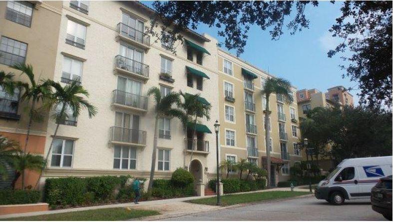 720 S Sapodilla Avenue 501 West Palm Beach, FL 33401 photo 2