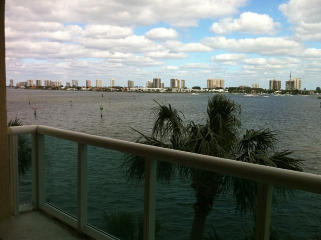Condominium for Rent at 2640 Lake Shore Drive # 309 2640 Lake Shore Drive # 309 West Palm Beach, Florida 33404 United States