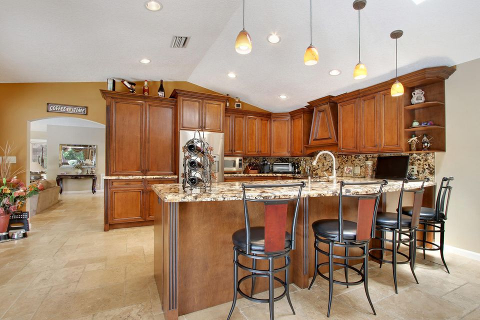 Additional photo for property listing at 4721 NW 98th Way 4721 NW 98th Way Coral Springs, Florida 33076 États-Unis