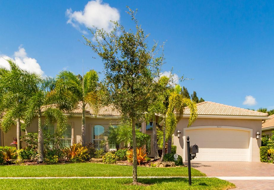 9211 Bal Bay Point  Boynton Beach FL 33473