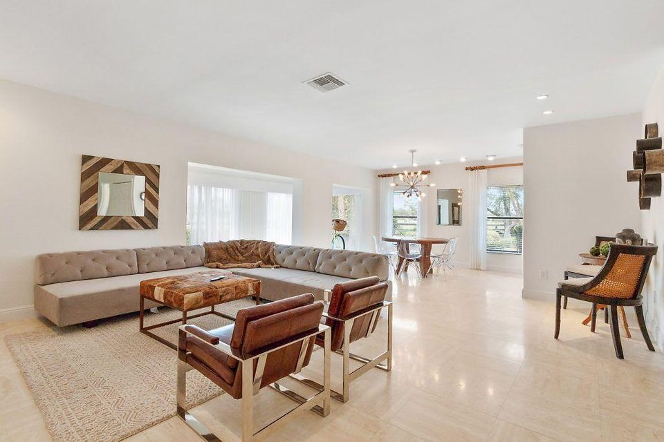 Co-op / Condo for Sale at 11397 Pond View Drive 11397 Pond View Drive Wellington, Florida 33414 United States