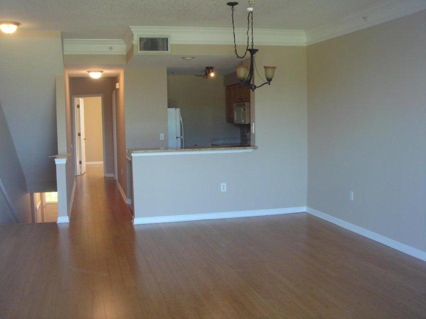 Townhouse for Sale at 2038 Alta Meadows Lane 2038 Alta Meadows Lane Delray Beach, Florida 33444 United States
