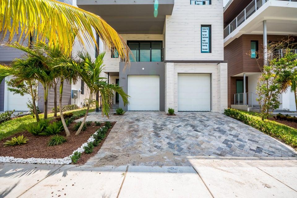واحد منزل الأسرة للـ Sale في 346 Balboa Street 346 Balboa Street Hollywood, Florida 33019 United States
