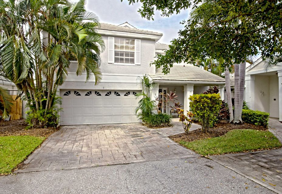 9 Commodore Place , Palm Beach Gardens FL 33418 is listed for sale as MLS Listing RX-10369256 23 photos