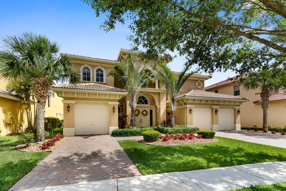 598 Edgebrook Lane  West Palm Beach, FL 33411