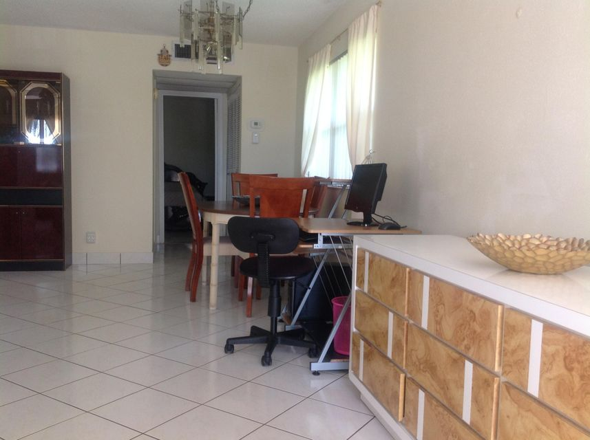 Additional photo for property listing at 667 Monaco N 667 Monaco N Delray Beach, Florida 33446 United States
