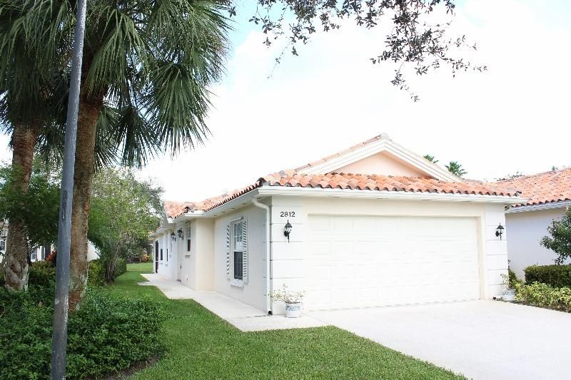 Villa pour l Vente à 2812 Livingston Lane 2812 Livingston Lane West Palm Beach, Florida 33411 États-Unis