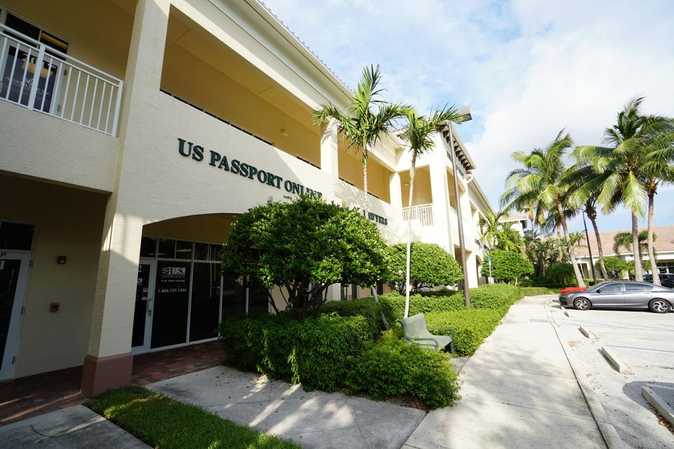 Offices for Sale at 3309 Northlake Boulevard 3309 Northlake Boulevard Palm Beach Gardens, Florida 33403 United States