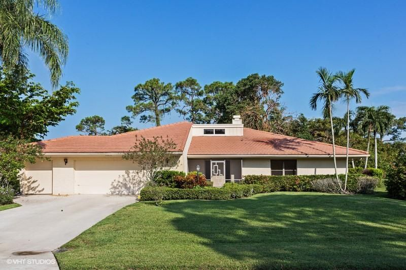 13315 Saffron Circle , Palm Beach Gardens FL 33418 is listed for sale as MLS Listing RX-10367929 14 photos