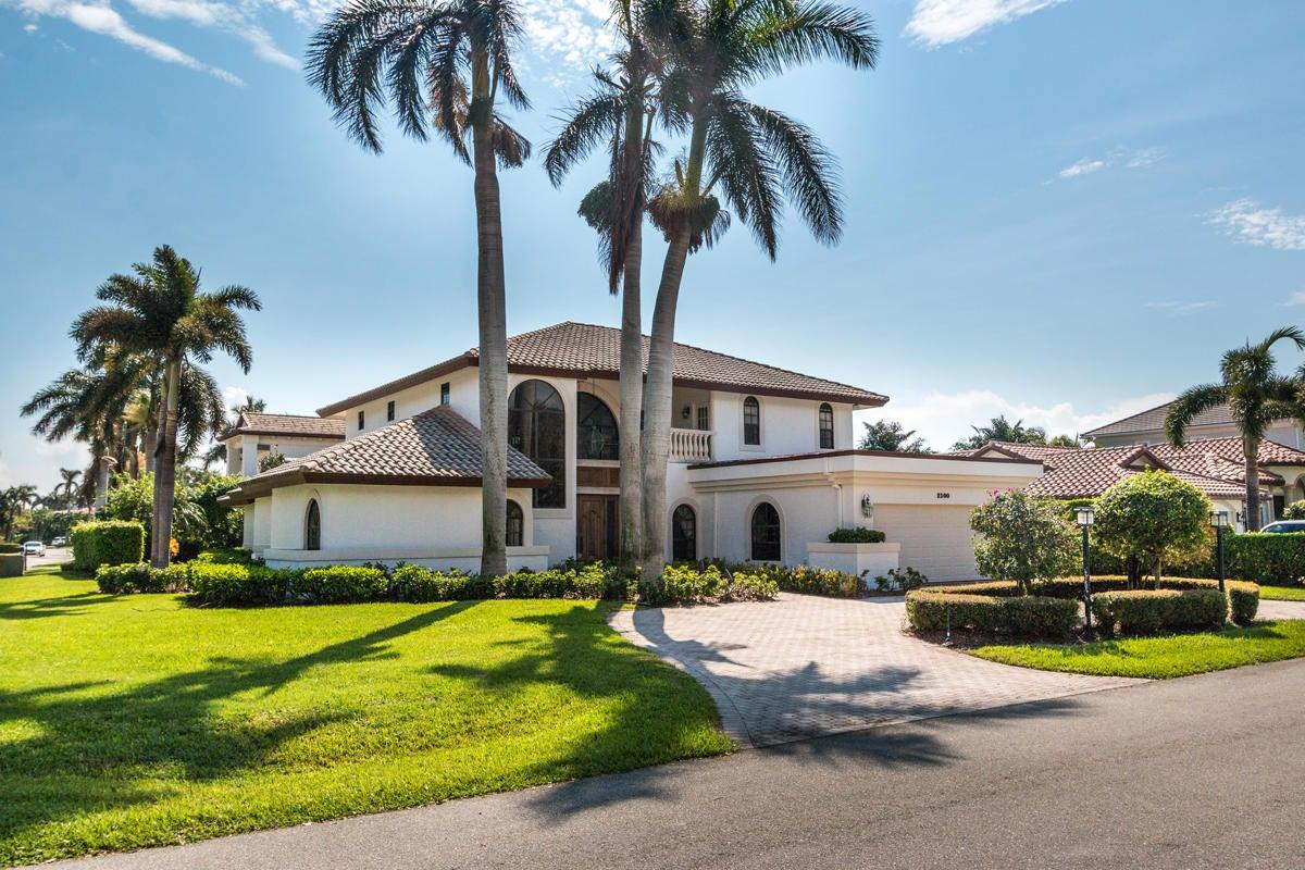 Einfamilienhaus für Verkauf beim 2100 Queen Palm Road 2100 Queen Palm Road Boca Raton, Florida 33432 Vereinigte Staaten