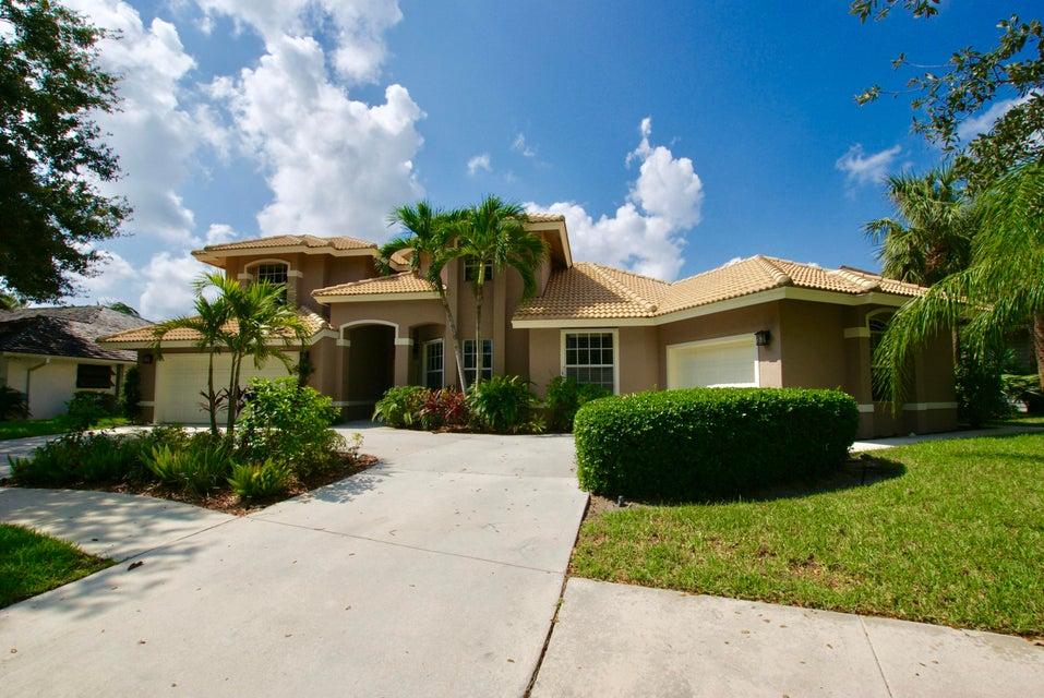 Alquiler por un Venta en 18421 Lake Bend Drive 18421 Lake Bend Drive Jupiter, Florida 33458 Estados Unidos