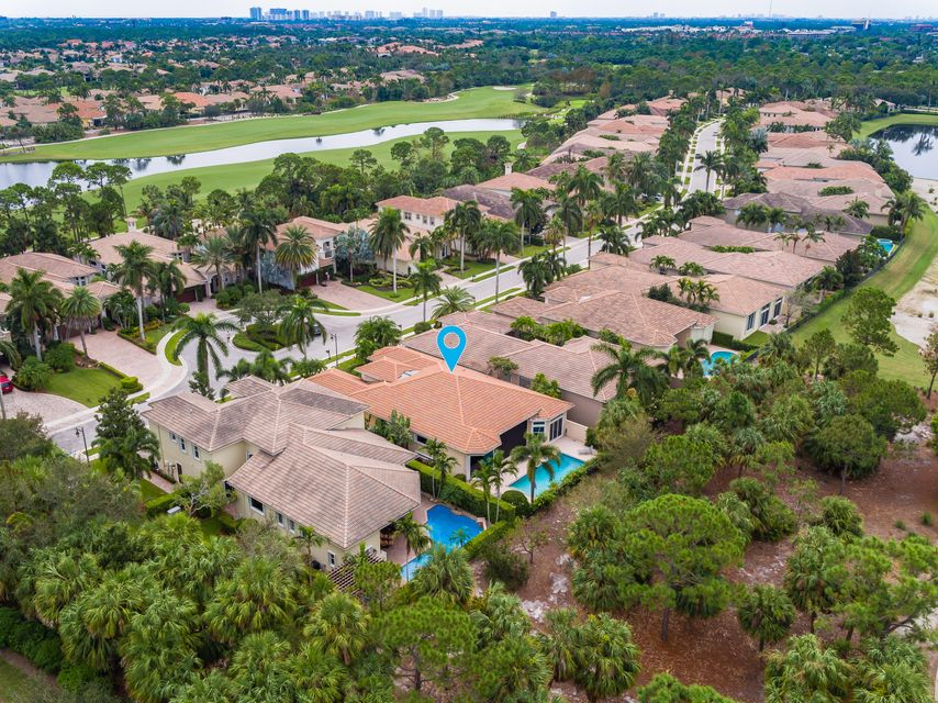 241 Montant Drive Palm Beach Gardens Fl 33410 Rx 10369104 In Frenchmans Reserve