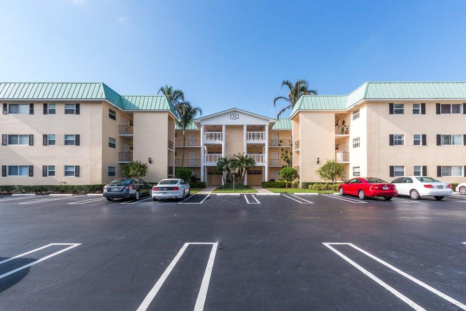 12 Colonial Club Drive Boynton Beach, FL 33435 - photo 2