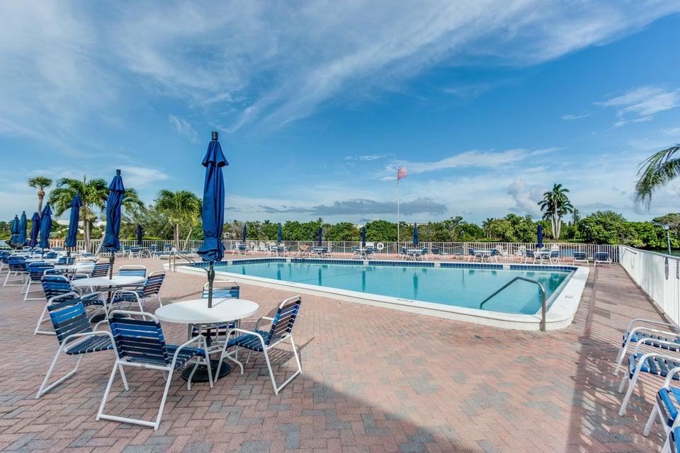 12 Colonial Club Drive Boynton Beach, FL 33435 - photo 25