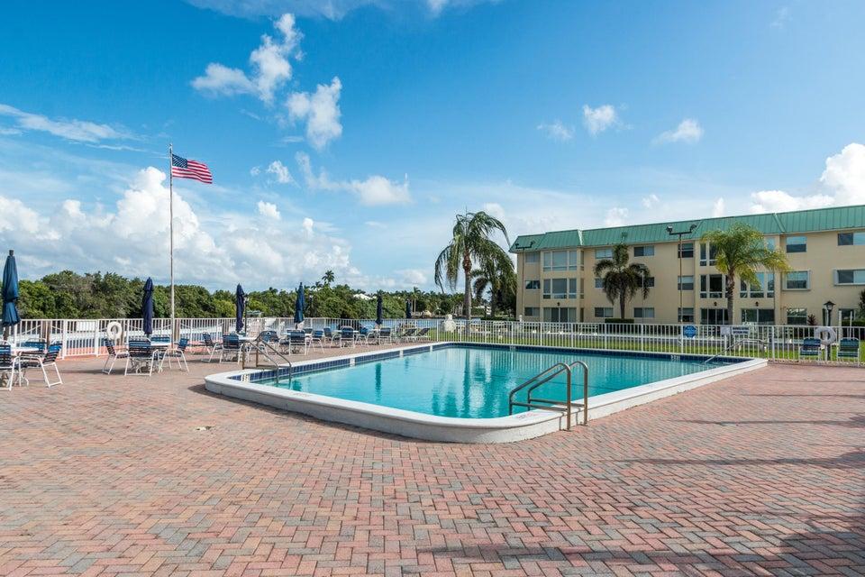 12 Colonial Club Drive Boynton Beach, FL 33435 - photo 26