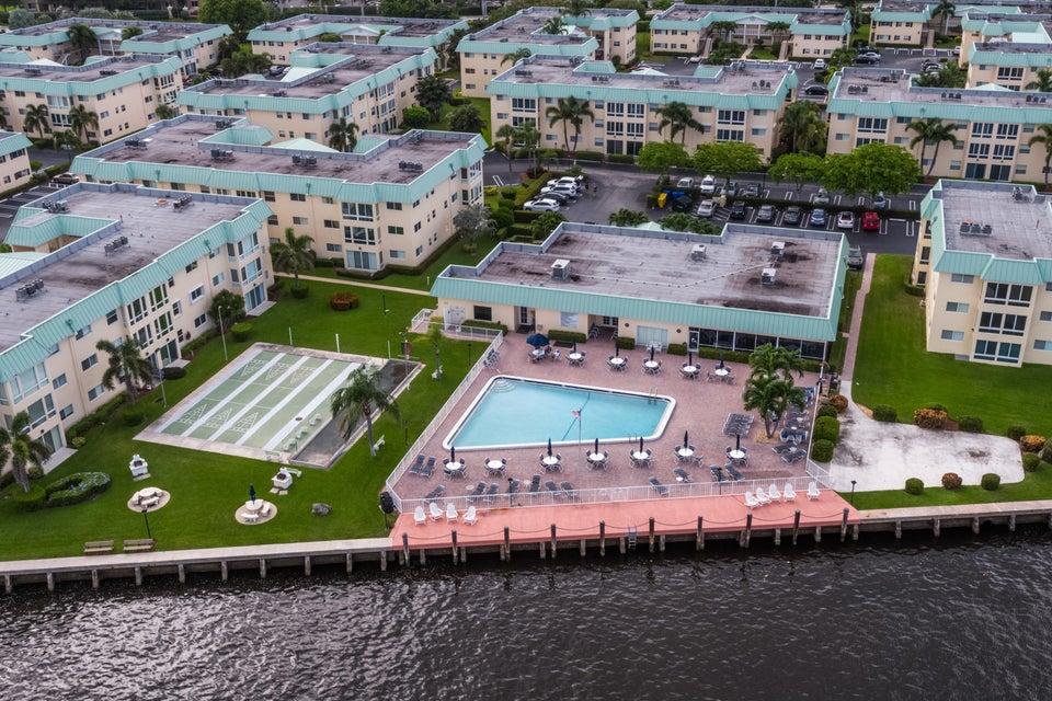 12 Colonial Club Drive Boynton Beach, FL 33435 - photo 28